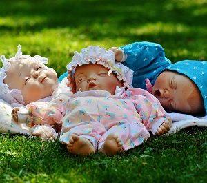 малыш не спит
